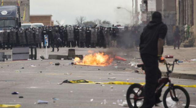 Baltimore-Riots.jpg_23790e32da49a4d09d45db82b7634b69