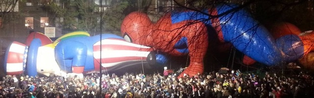 macys-parade-uncle-sam-spiderman