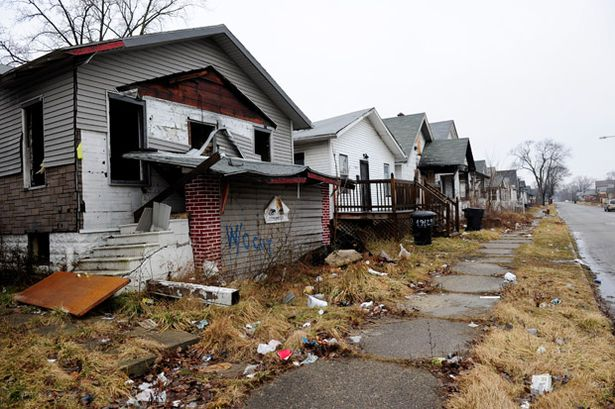 Some+of+the+90,000+abandoned+and+derelict+homes+of+Detroit